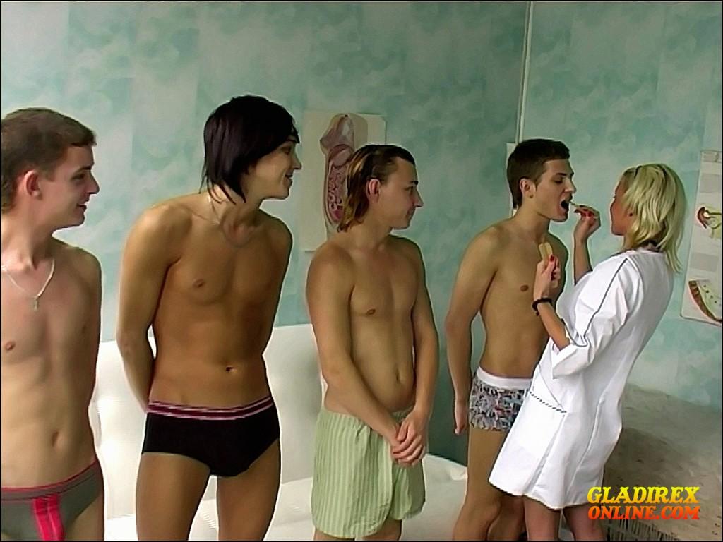 Young Boys Medical Exam - Group Exam Nr I Boys, Crazy -1685
